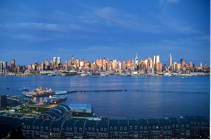 NY Skyline By Len Rapoport
